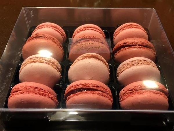 Macarons rood fruit
